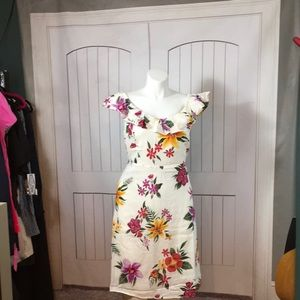 NWT OLD NAVY CREAM FLORAL COLD SHLDR DRESS 3X PLUS